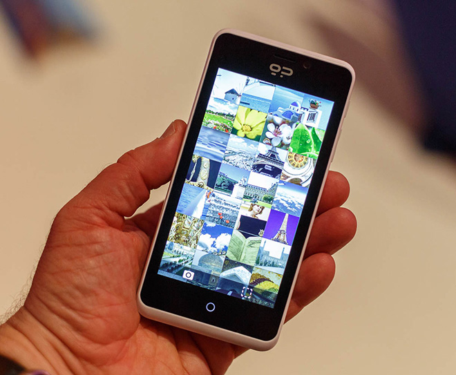 Geeksphone Peak with Firefox OS