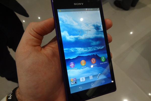 Sony-Xperia-C-hands-on