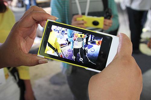Nokia Lumia 1020_3