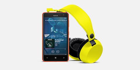 Nokia Lumia 625_6
