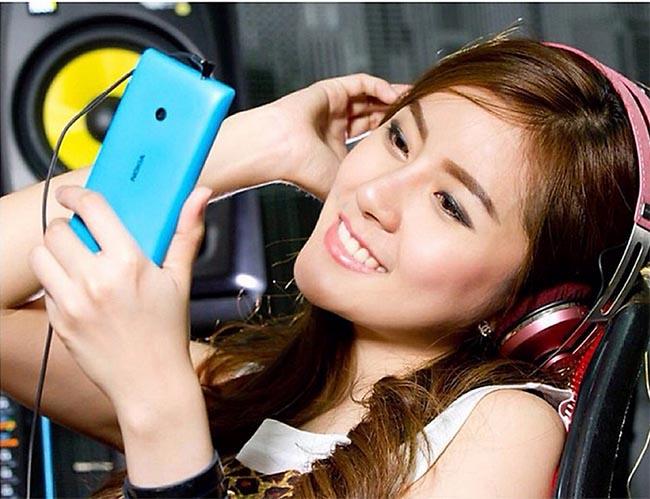Nokia-Lumia-520-7