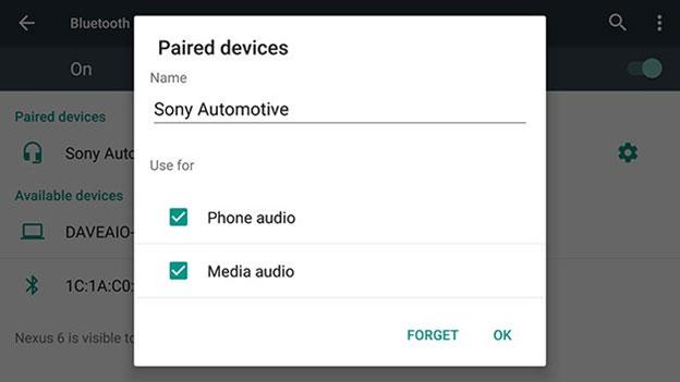 Conect-speakers-and-headphones-