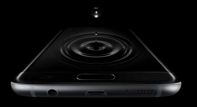 Samsung-Galaxy-S7-water-resistant